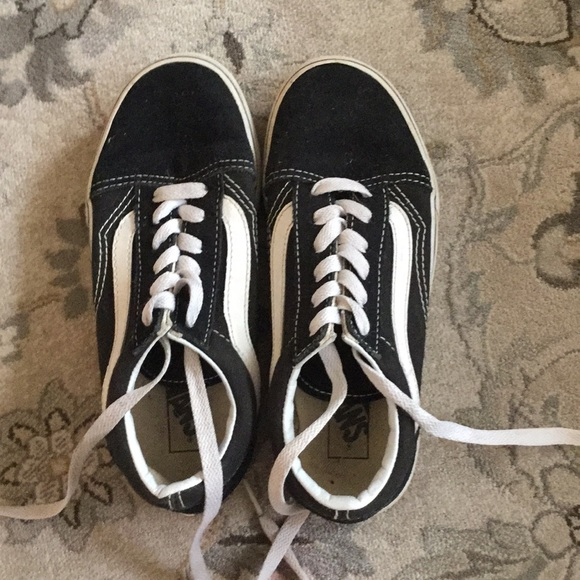 Black and white kids vans